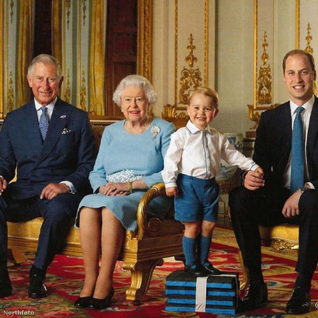 A legcukibb és egyben legfrisebb képpel zárjuk a galériát, melyen immár 4 generáció látható: a 90 éves II. Erzsébetet fia, Károly herceg, unokája, Vilmos és dédunokája, György köszönti a születésnapja alkalmából.