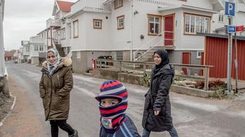 Felforgatja Svédországot a menekültválság