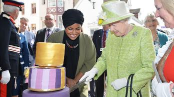 Egész Nagy-Britannia a 90 éves II. Erzsébetet ünnepli