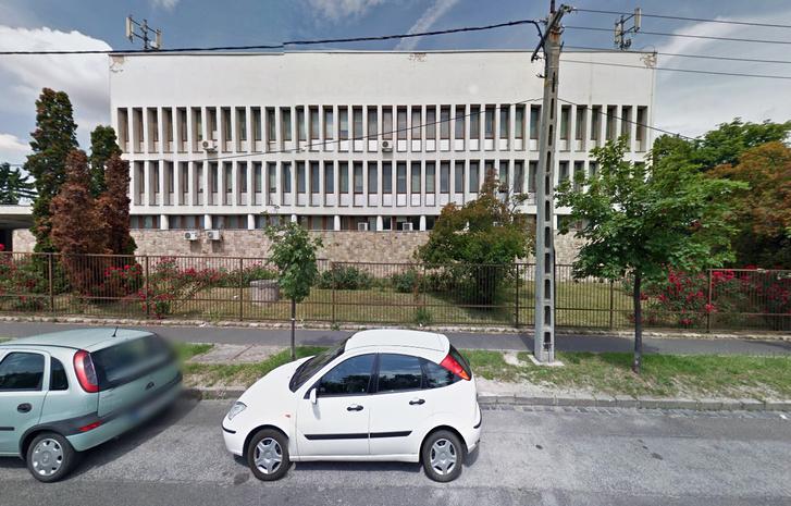 Az MTA Kémiai Kutatóközpont volt épülete.