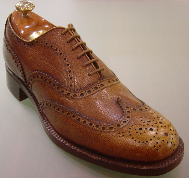 Ez egy full-brogue Oxford cipő