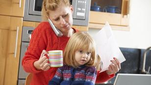 Egyedülálló szülő: az államra ne számítson