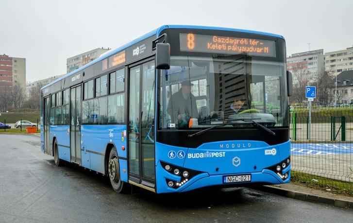 A MABI jelenleg a fővárosra koncentrál. Idén az ötvenhatodik buszuk már biztosan forgalomba áll Budapesten (fotó: Buga Bence)