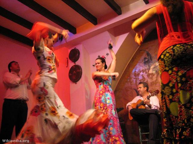 Flamenco táncosok Sevillában