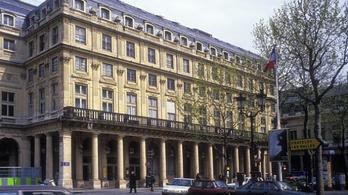 Balhé Franciaországban: színészek foglaltak el színházakat