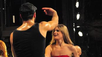 Férfi táncosokat keres az Operettszínház