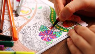 Felnőtt kifestőt színezgetni nem terápia