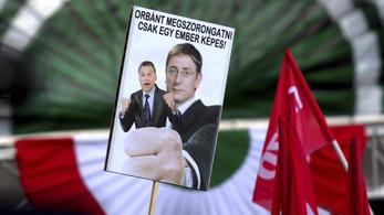 Orbánnak bocsánatot kell kérnie Gyurcsánytól
