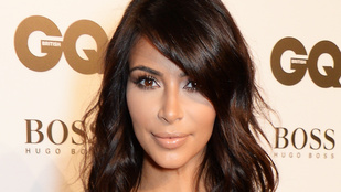 Kim Kardashian magas rizikófaktorú szelfit vállalt