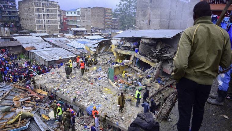 Összedőlt egy kenyai toronyház, heten meghaltak