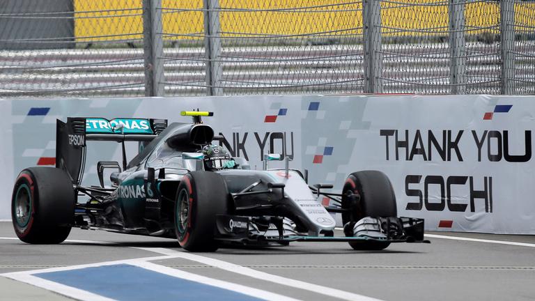Rosberg nyert, négyből négy idén