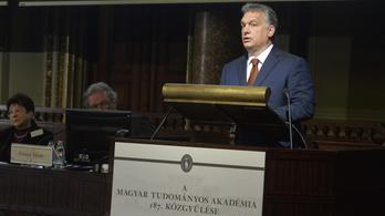 Orbán: A háttérhatalmak egyik célja az agyelszívás