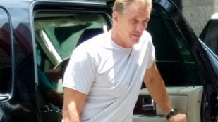 Dolph Lundgren barna hajjal egészen zavarbaejtő látvány