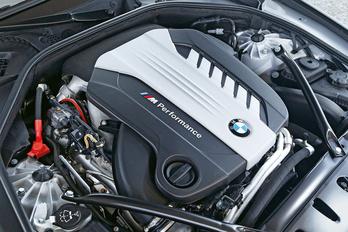 Négyturbós hathengerest készített a BMW