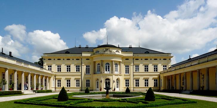 Károlyi-kastély - Fehérvárcsurgó