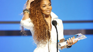 Az 50 éves Janet Jackson terhes