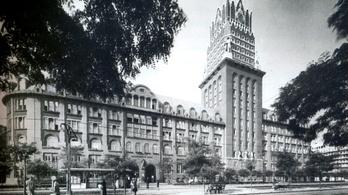 A New York-i felhőkarcolók stílusa Magyarországon