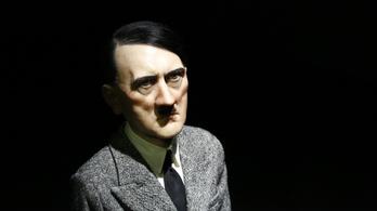 Közel ötmilliárdért kelt el a térdepelő Hitler-szobor