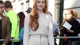 Jennifer Lawrence viccből sunán vágta Sansa Starkot