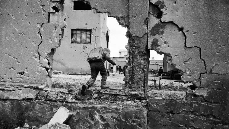 A tinédzser, aki végigfotózta a szíriai háborút