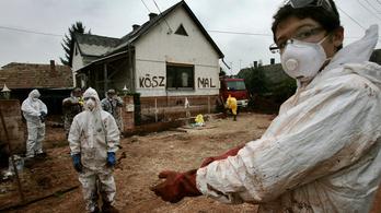 Csak a bankokat kártalanítják a vörösiszap-katasztrófa miatt