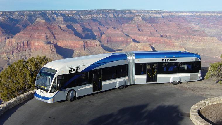 Mire jók a 27 méteres, dupla csuklós buszok?