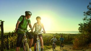 Sportos nyaralás külföldön – túrabakancsban, kenuban, két keréken
