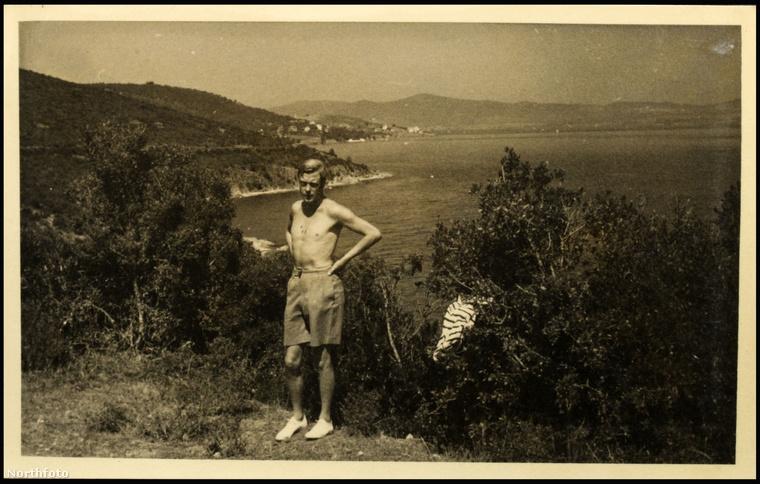 VIII. Eduárd görögországi nyaraláson 1936 augusztusában. Wallis Simpson is vele volt