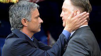 Mourinho aláírt, és vörösborral ért haza