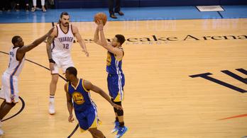 Curryék a sírból hozták vissza a szezonjukat