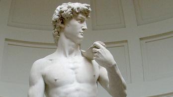 Veszélyben a Dávid-szobor