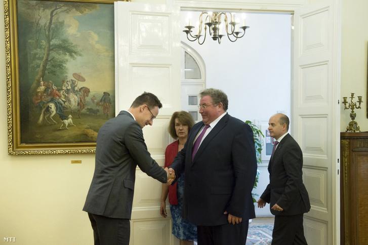 Szijjártó Péter és Volkov Vlagyimir Dmitrijevics