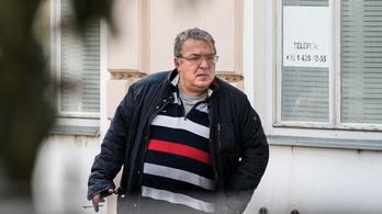 Lehúzta Simicska médiabirodalmát a szakítás Orbánnal