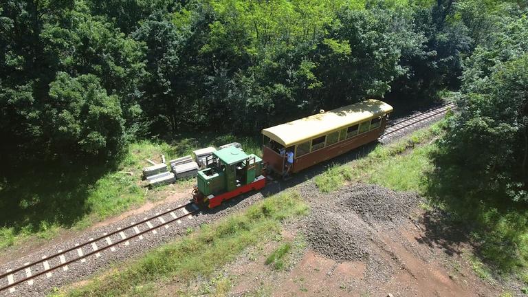 Mostantól jár az ország leghosszabb hegyi-erdei kisvasútja