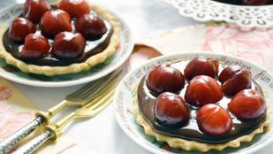 Pénteki süti: rumos cseresznyés-csokis tartelette