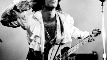 Ópiáttúladagolásban halt meg Prince