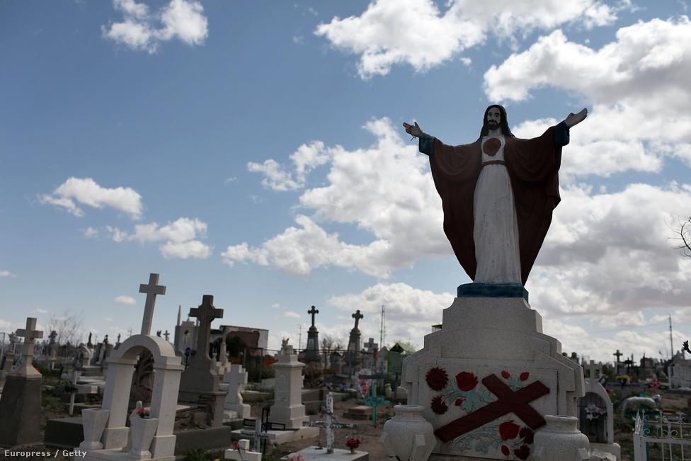 Bár rengeteg áldozattal járt már eddig is a drogháború, van élet utána. Juarez már nincs benne az 50 legveszélyesebb városban sem. Az állam szerint 92%-kal csökkent a gyilkosságok száma 2010 óta, 2015-ben mindössze 312 embert öltek meg a városban. Persze a drogkereskedelem továbbra is folyik, a mexikói város már biztonságosabb, mint Baltimore vagy New Orleans.