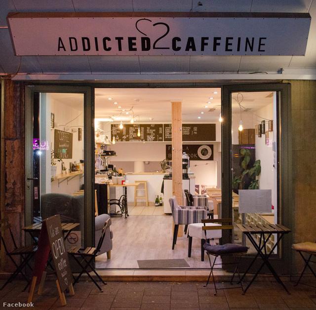 A Figula Borsarokban is kávézhatunk a borozás mellett