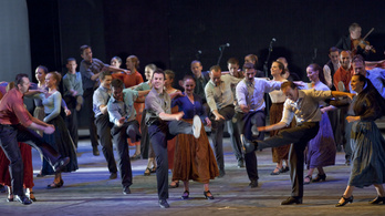 Forradalmi tánchevület a Margitszigeten