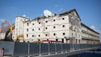 Leállították az egykori Radetzky-laktanya bontását