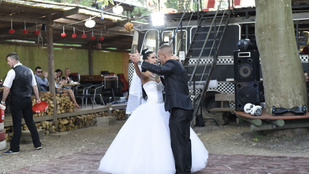 Gyors volt: A pucér társkeresőben találkoztak, máris összeházasodtak
