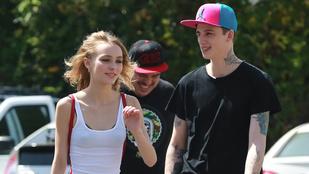 Johnny Depp 16 éves lánya ezzel a fickóval jár