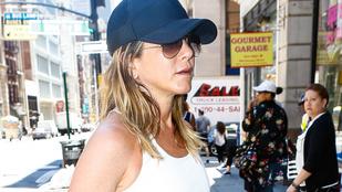 Ne higgyen senkinek, aki azt állítja, hogy Jennifer Aniston gyereket vár
