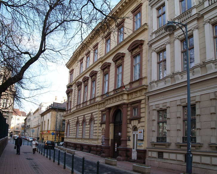 budapest-viii-kerulet-karolyi-istvan-palotaja- 5