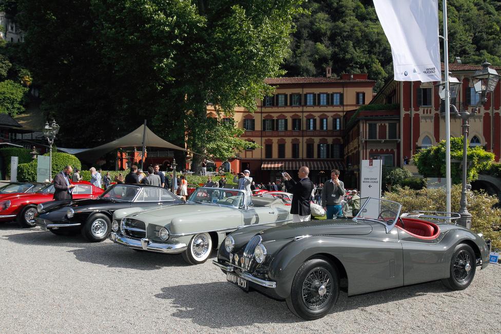 Külön kategóriát kaptak a sztárok autói. A fekete Ferrari 330 GTC-vel Marcello Mastroianni kergette a csajokat, az extravagáns Dual-Ghia Vic Damone tulajdona volt; a Chrysler-Ghia együttműködésből született, mindössze 117 példányban készült kocsi a kategória második helyére gördült be és megnyerte a legjobb belsőtér-dizájn díját. A Jaguar XK 120-at pedig Clark Gable hajtotta