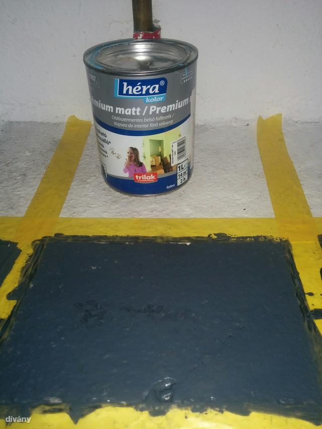 Ez pedig a Héra kolor prémium matt falfestéke. Egy négyzetmétert 285 forintból festhetünk ki.