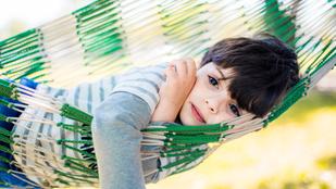 Hagyja a nyáron unatkozni a gyereket, szüksége van rá