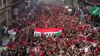 Bevették a magyarok Marseille-t, sok ezer szurkoló vonul a meccsre