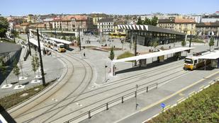 Nézze meg a Széll Kálmán tér újjászületését 122 másodpercbe zsúfolva