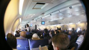 Az első osztályú helyek miatt lesznek a balhék a repülőgépeken